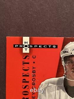 2005-06 SIDNEY CROSBY HOT PROSPECTS RED HOT ROOKIE PATCH AUTO #32/50 Ultra Rare