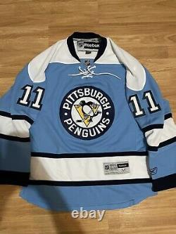 Reebok Pittsburgh Penguins Jordan Staal 2008 Winter Classic NHL Jersey Blue M